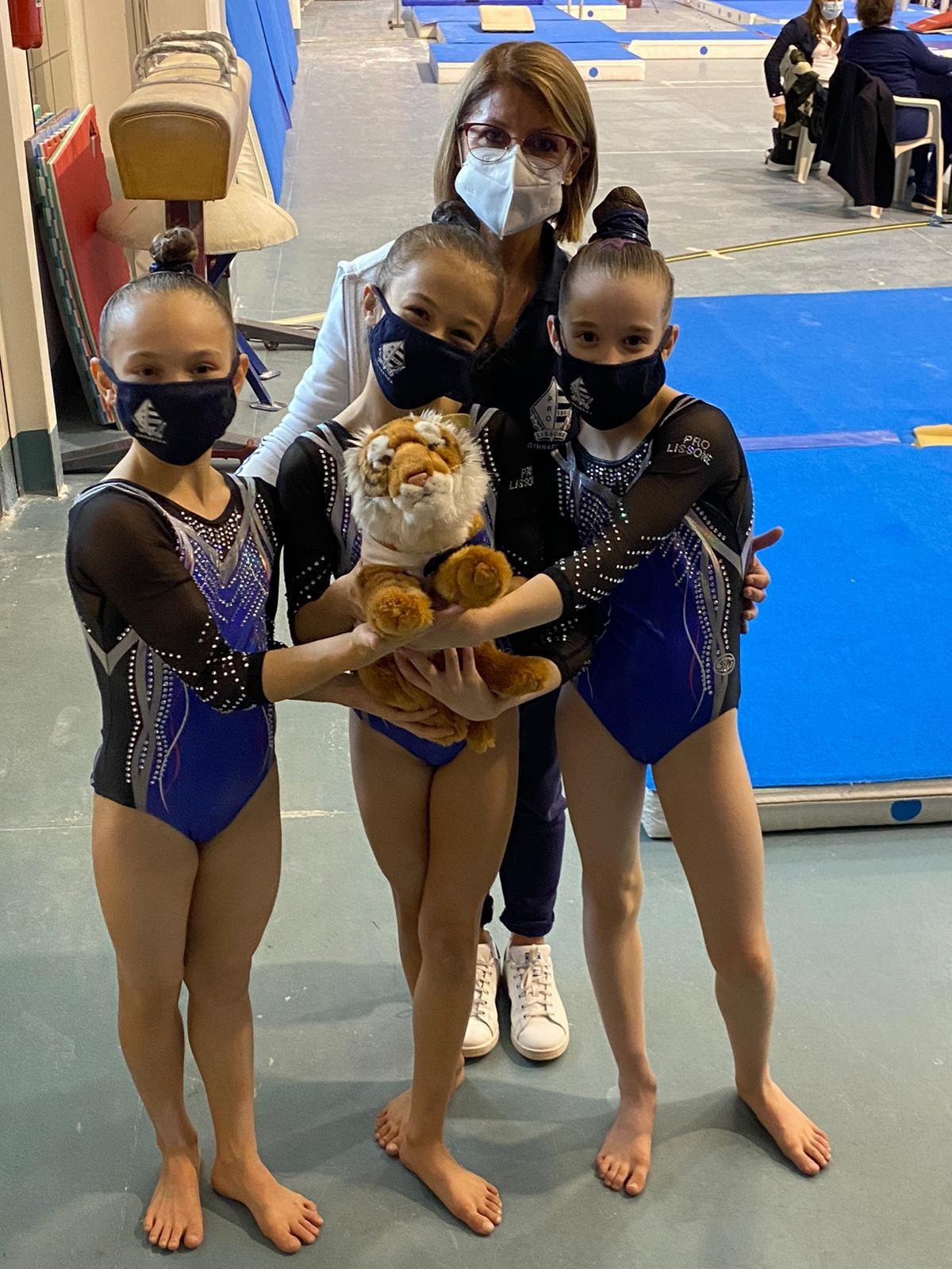 Pro Lissone ginnastica  Sofia, Alessia e Ludovica: tre stelline d'oro brillano a Mortara